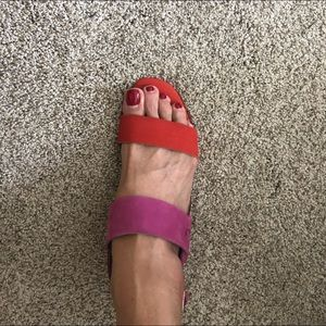 Vaneli 9 orange/pink suade sandal wood heel. New